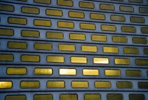 http://www.iseultlabote.com/files/gimgs/th-6_Urbanus-no-VI,-1999.jpg